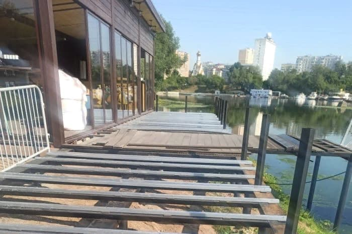 Летняя веранда ресторана Ремпрострой фото